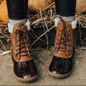 Shoes - EDDIE Duck Boots - BROWN
